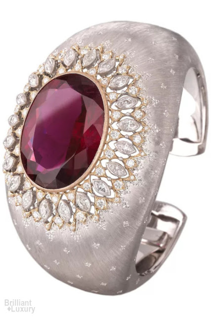 Brilliant Luxury♦Buccellati dream cuff bracelet in white and yellow gold with tourmaline and diamonds