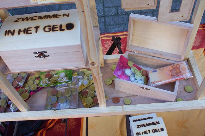 Tilburgdailyphoto luxe badderen for Leuke ideeen om geld kado te geven