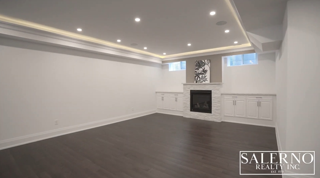 37 Interior Design Photos vs. 1746 Spruce Hill Rd, Pickering, ON Luxury Home Tour