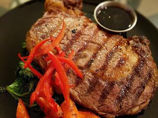 cara-makan-steak-yang-benar.jpg