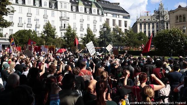 Kerusuhan Pecah di Norwegia, Demonstran Ludahi Al-Quran