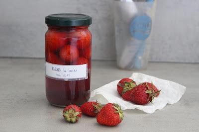 Cuillère et saladier : Pickles de fraises
