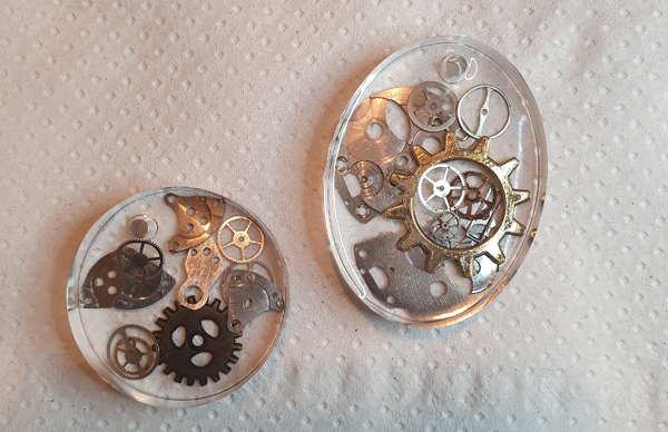 Steampunk resin necklace pieces