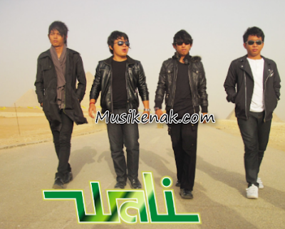 Download Lagu Wali Album Orang Bilang Full Rar Zip (2008)
