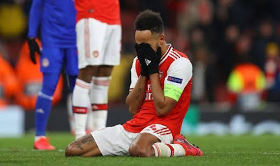 Arsenal out of UEFA Europa league after a 2 - 1 defeat