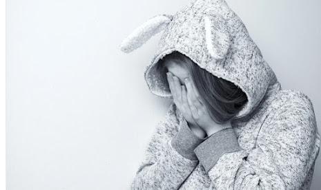 Membedakan Depresi dan Stres