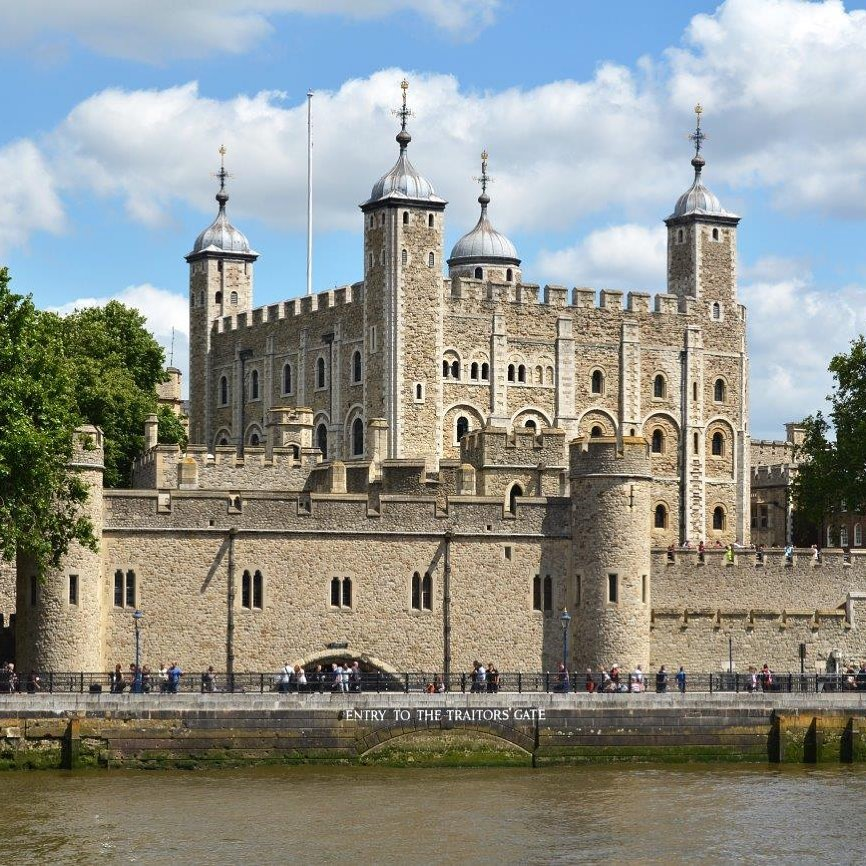 Berkunjung ke tower of london 2021
