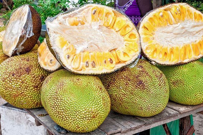 Penelitian Physicochemical Characteristics and High Sensory Acceptability in Cappuccinos Made with Jackfruit Seeds Replacing Cocoa Powder