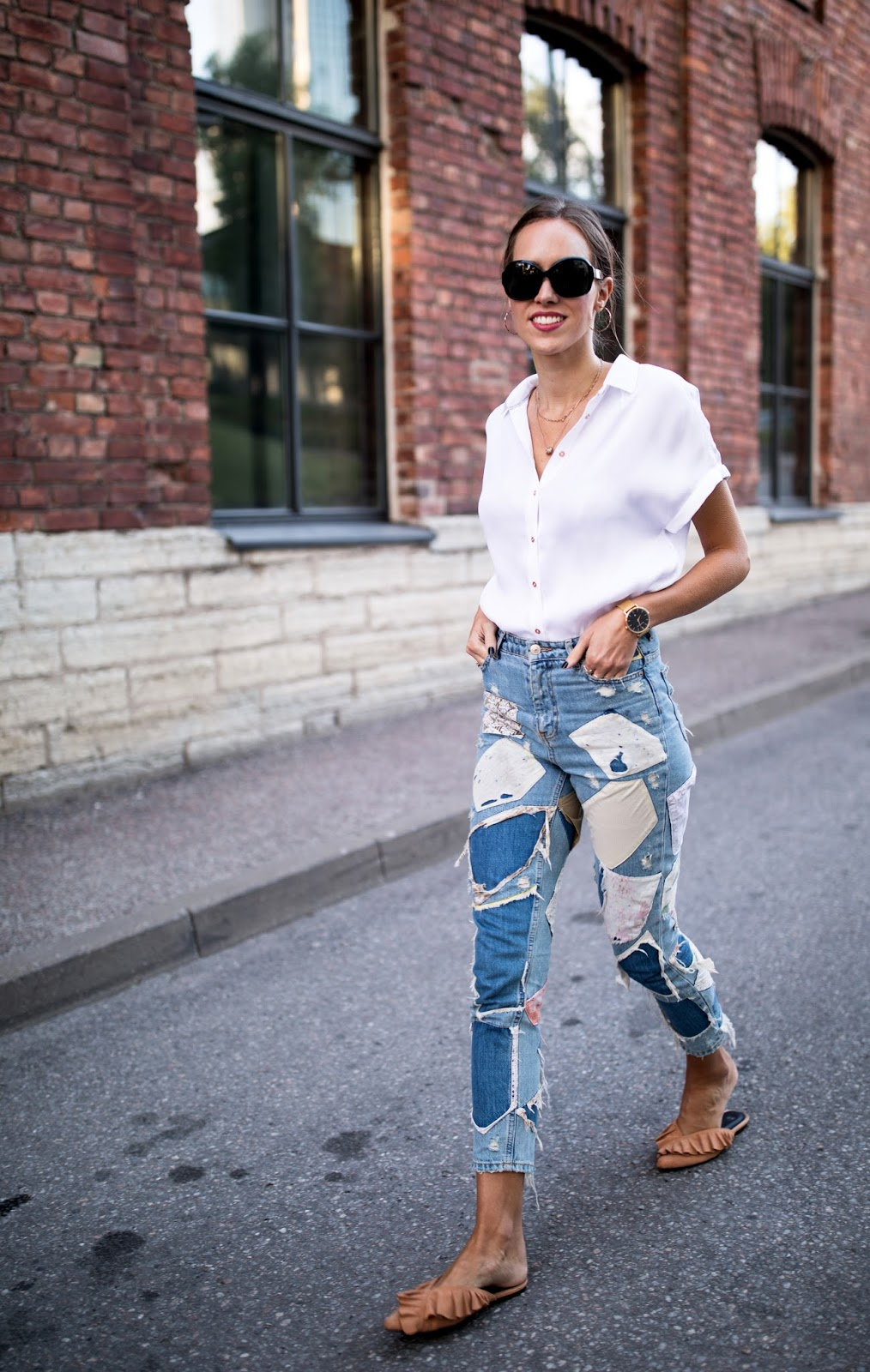 white shirt patch jeans outfit