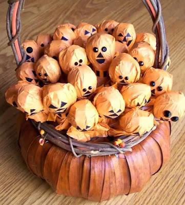 Halloween Pumpkin and Jack O' Lantern Lollipops