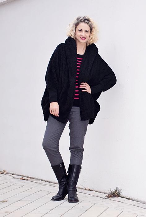 Outfit-abrigo-negro-capucha-2
