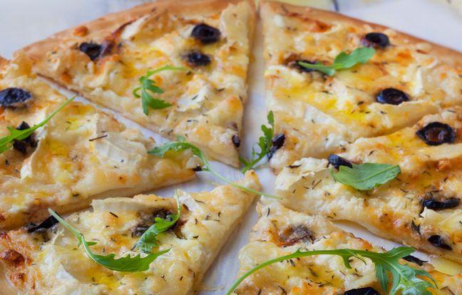 Fresh cream honey goat's cheese pizza