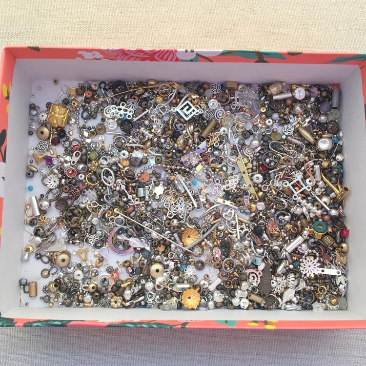 Lisa Yang\'s Jewelry Blog: Making Beaded Rope Cuff Bracelets