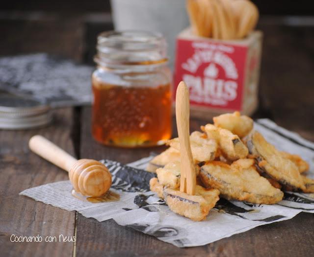 Buñuelos de berenjenas  con miel