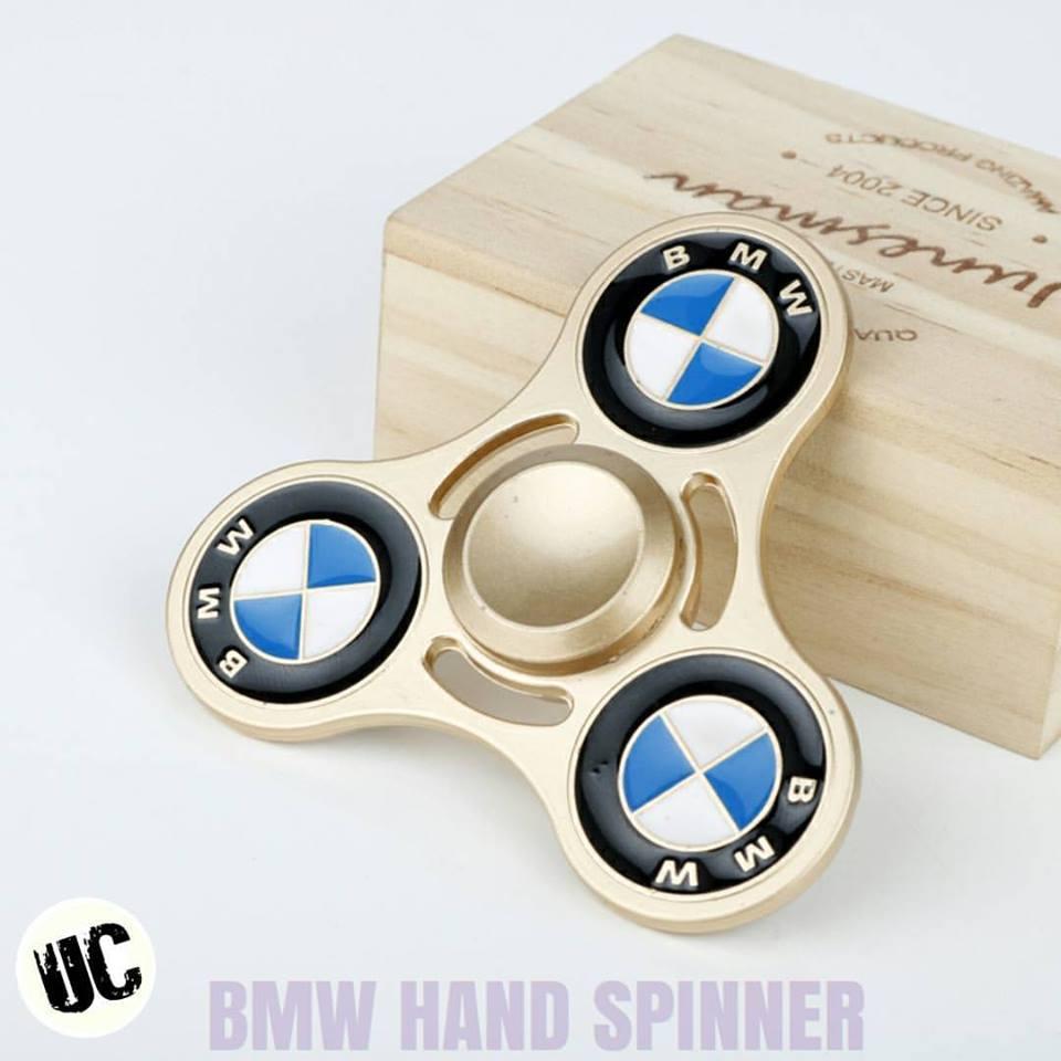 bmw hand spinner stres arki. Black Bedroom Furniture Sets. Home Design Ideas