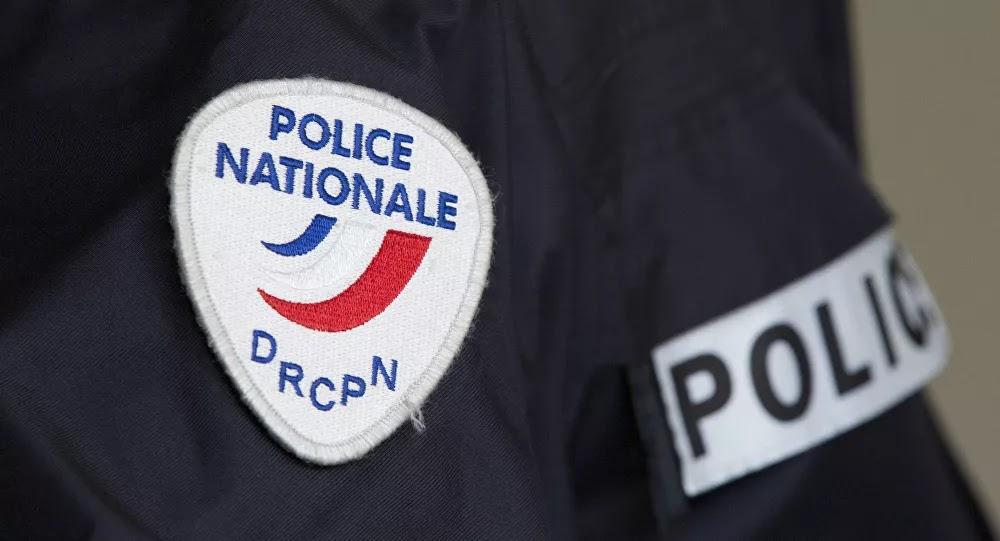 INSOLITE: Quand deux faux policiers en contrôlent un vrai dans le Val-de-Marne (94)