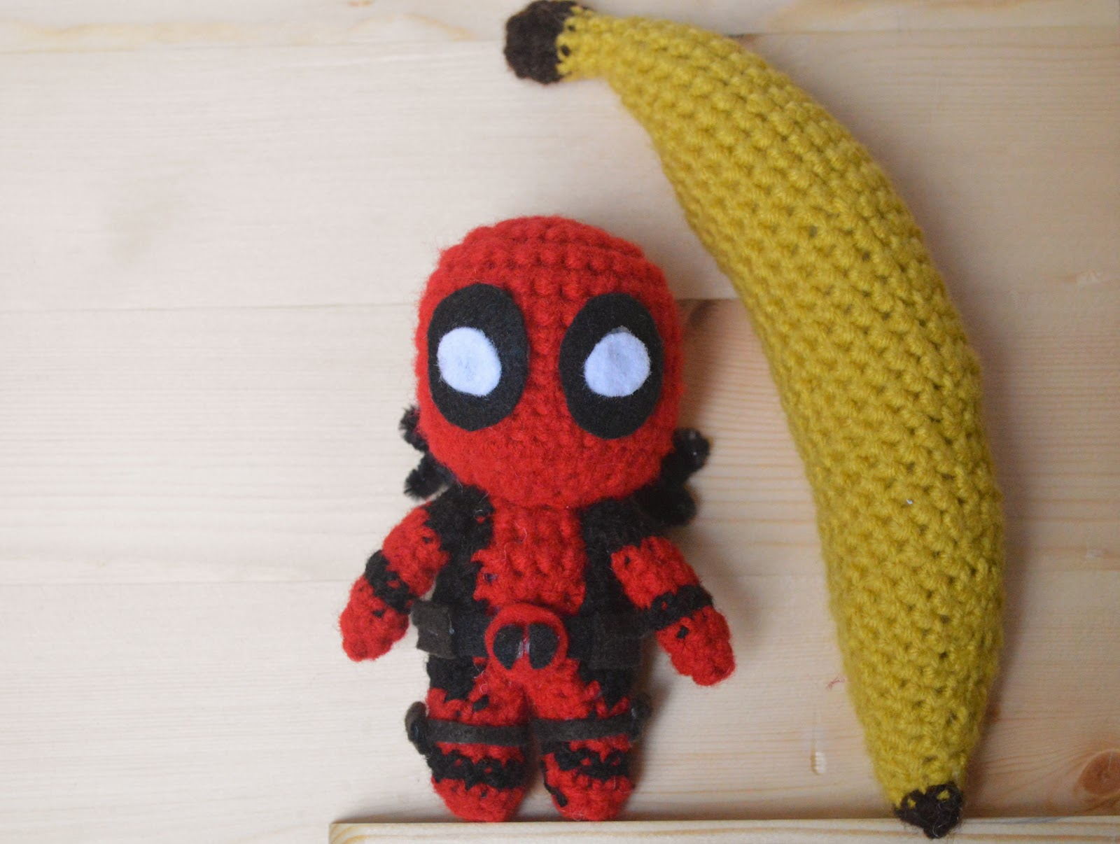 Deadpool Crochet Pattern - LoopTeeLoops