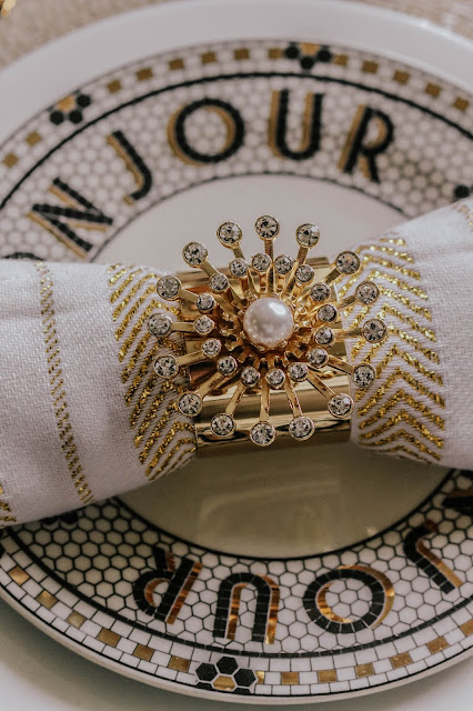 Joanna Buchanan Gold Pearl Star Napkin Rings Review