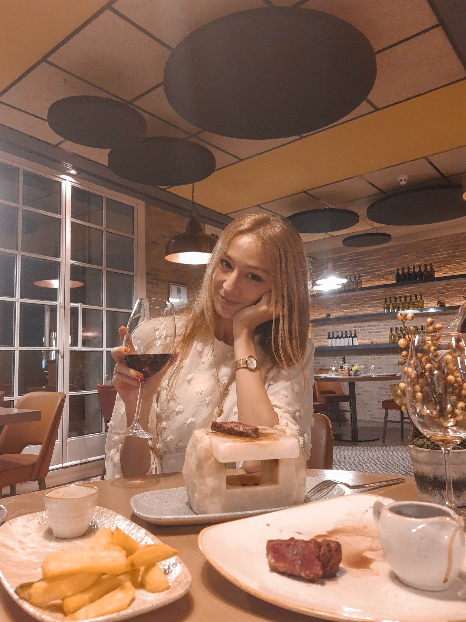 restaurante-bloved-madrid-gran-via-catalonia-hotels