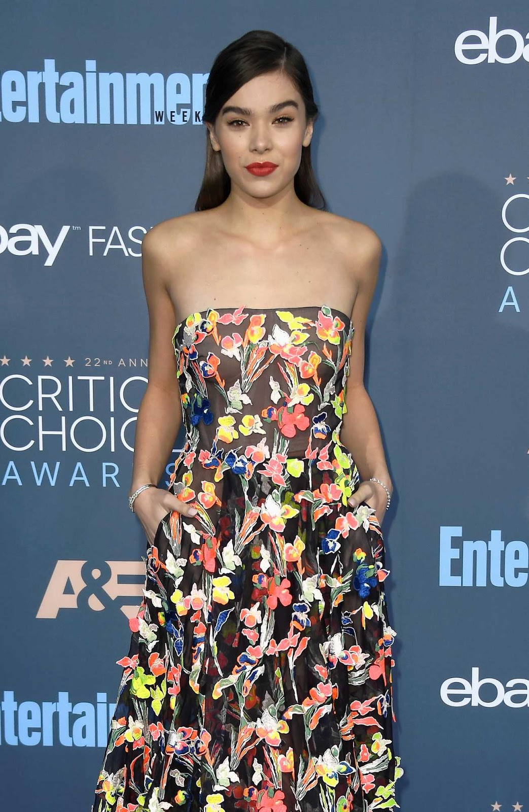 Hailee Steinfeld goes strapless for the 22nd Annual Critics' Choice Awards