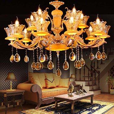 Có nên mua đèn chùm nhập khẩu hay không?
