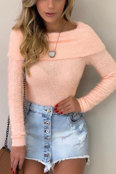 Fall in love this winter season with these cozy sweater outfits. Winter Fashion via higiggle.com | sweater in blush | #sweater #fashion #knit