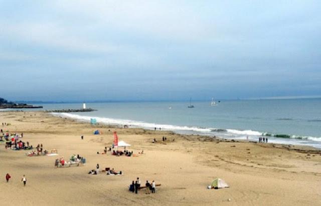 Curtição nas praias em Santa Cruz