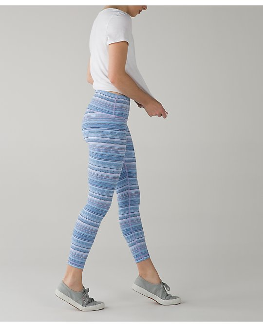 lululemon wave-twist-lilac-caspian-high-times
