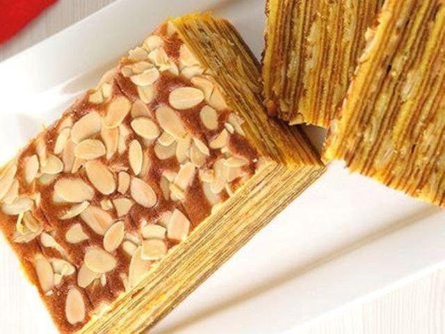 Membuat Lapis Legit Almond Yang Nikmat Cemilan Untuk Imlek
