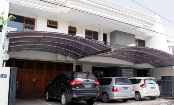 Alamat Jalan Villa Kalijudan Indah Nomor J 21 Kenjeran Surabaya Fasilitas Wi Fi Antar Jemput Bandara Tempat Parkir Mobil Dapur Kecil Layanan Kamar
