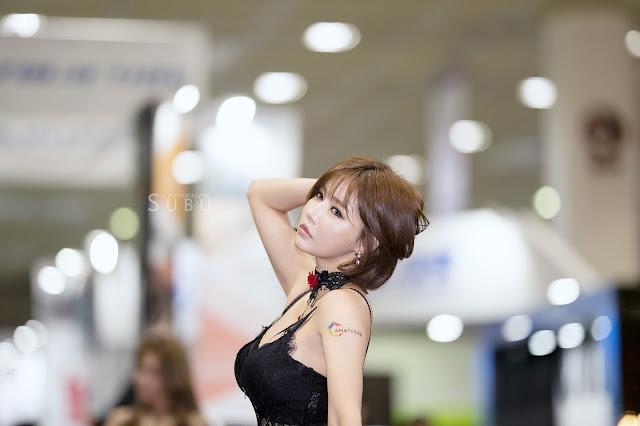 Han Ga Eun - Seoul Auto Salon 2017 - very cute asian girl - girlcute4u.blogspot.com (1)