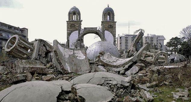 #Косово #Метохија #Србија #Албанци #Уништавање #Светиње #Прогон #Антисрпство #Антисрби