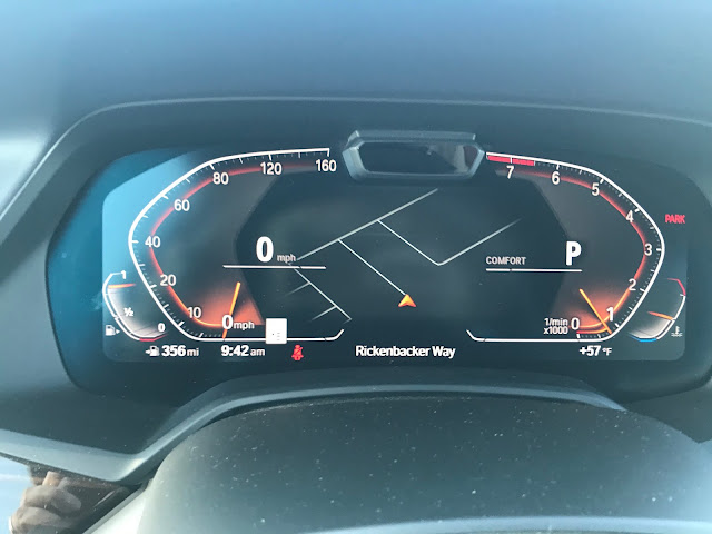 Gauge cluster in 2019 BMW X7 xDrive 40i