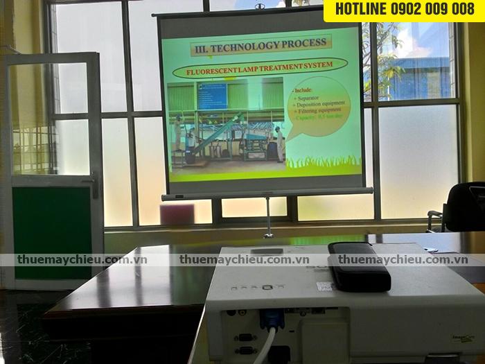 Cho thuê máy chiếu khách được tự chọn hãng máy chiếu như ý
