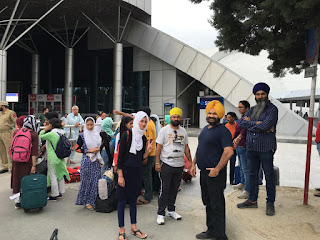 Haminder Singh Ahluwalia from Delhi along with his three Sikh friends collected Rs 4 Lakh donation to buy air tickets for 34 Kashmiri student girls stuck in Pune (Maharashtra), and were harassed by hindu extremists. All 4 Sikh friends accompanied the Kashmiri girls to ensure they all reach back to their homes safely in IOK.