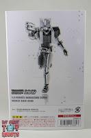 SH Figuarts Shinkocchou Seihou Kamen Rider Diend Sleeve 03