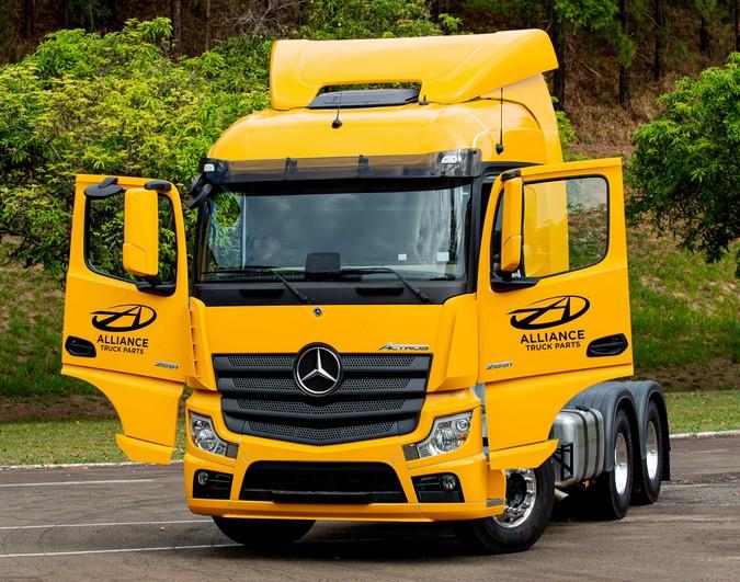 Mercedes-Benz dobra vendas de peças de reposição Alliance no Brasil