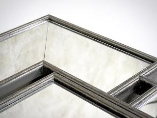 Dizajnové nástenné zrkadlo Reaction.