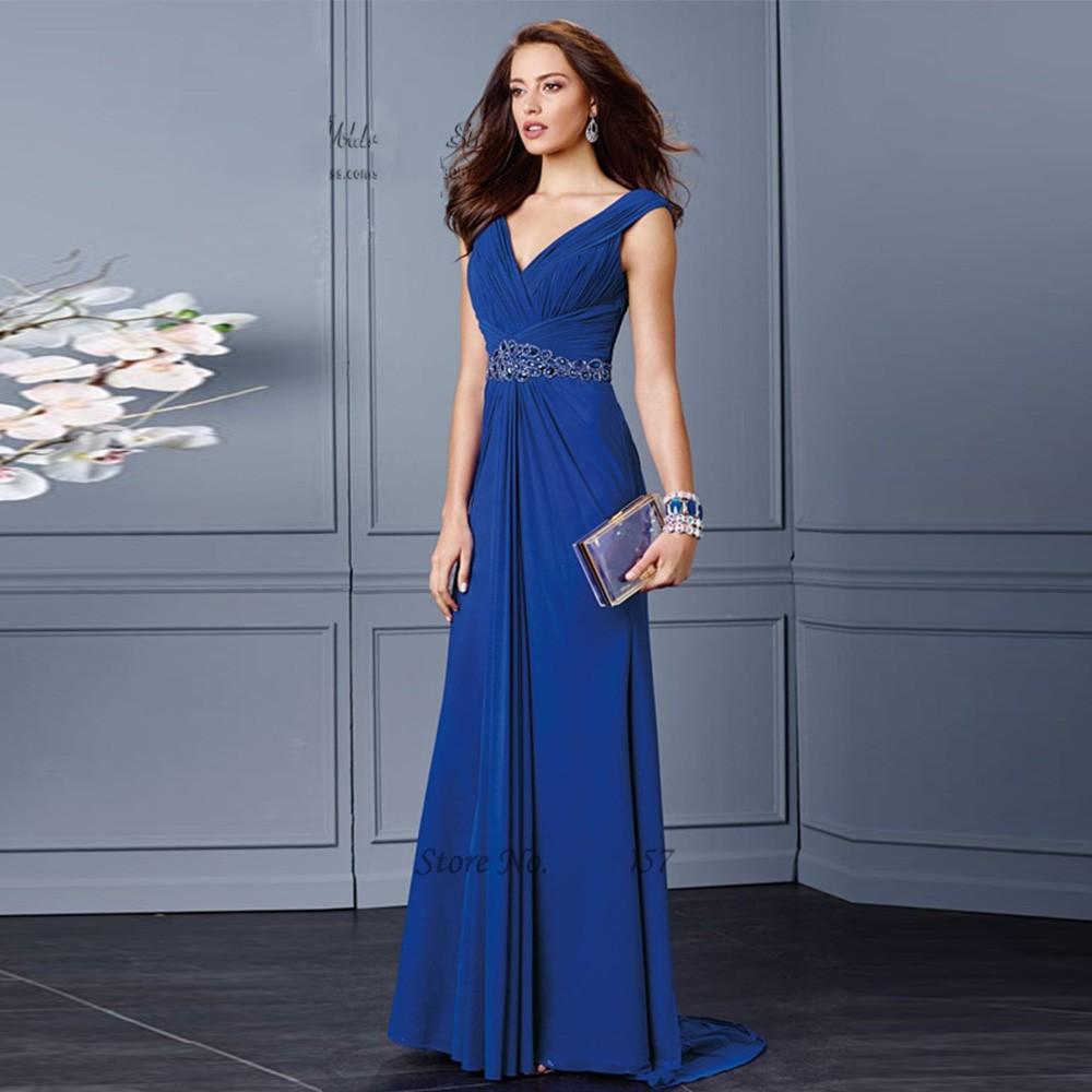 Vestido de noche en azul rey