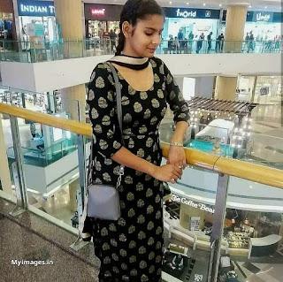 Indian girl in salwar suit pics Navel Queens