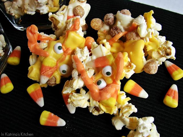 Monster Mash Popcorn Mix @katrinaskitchen