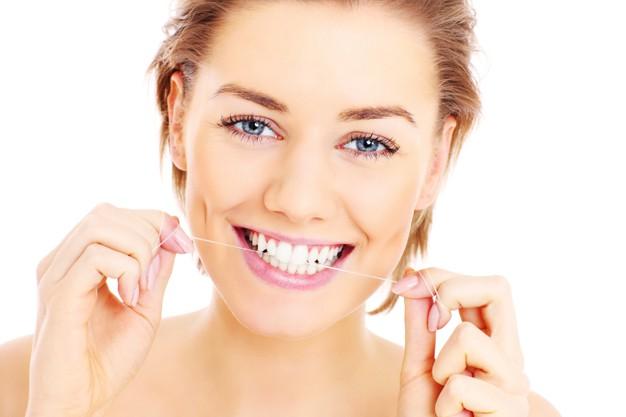 para-peneliti-menemukan-bahwa-menyikat-dan-membersihkan-gigi