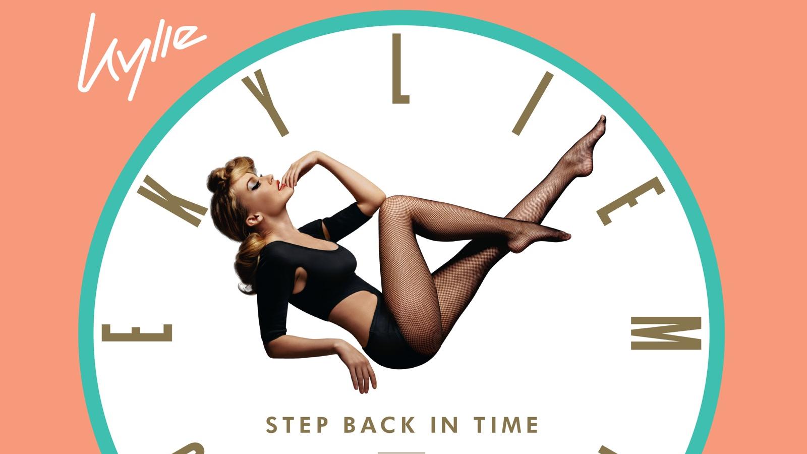 "Hino dance, música abre os trabalhos da coletânea ""Step Back in Time"" e foge da sonoridade country que marcou a era ""Golden""."