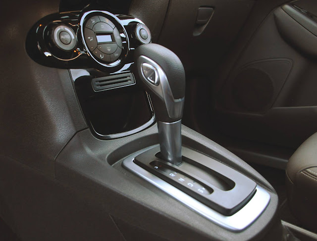 Ford Fiesta 2017 - câmbio Powershift