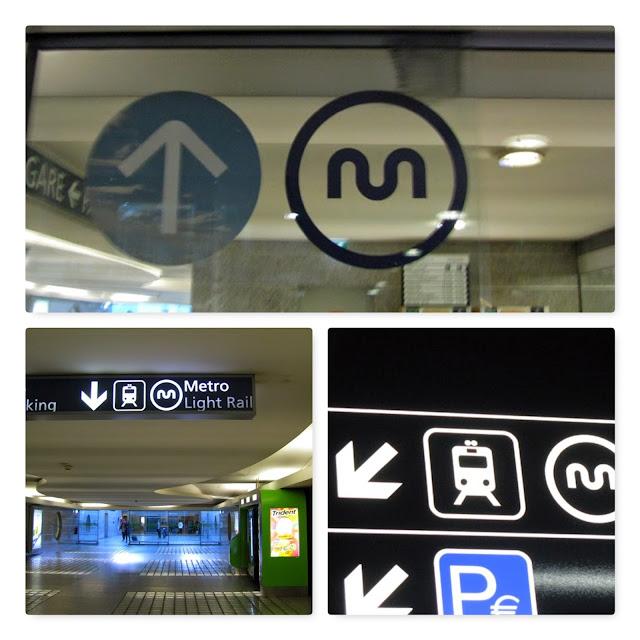 Sinalizações do metro no Aeroporto do Porto