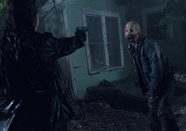 Alicia Clark (Alycia Debnam-Carey) nell'episodio 10