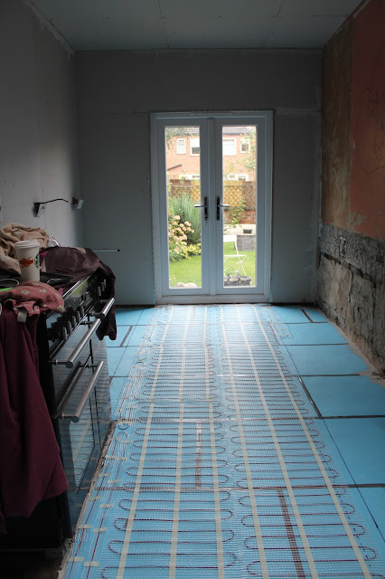 affordable DIY electric underfloor heating
