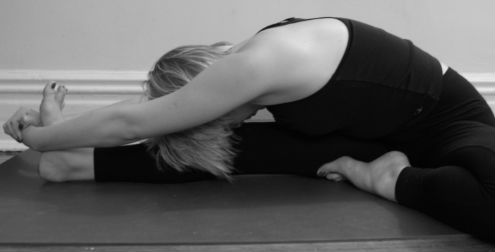 2 Posturas Claves De Yoga 1
