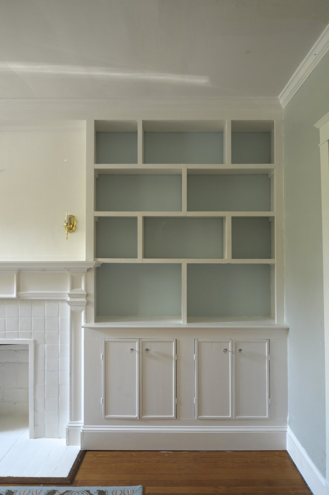 Living Room With Bookshelf: Built-in Bookshelves