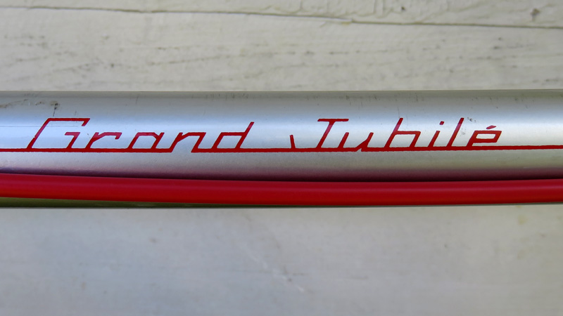Red Lettering on Bicycle Silver Top Tube
